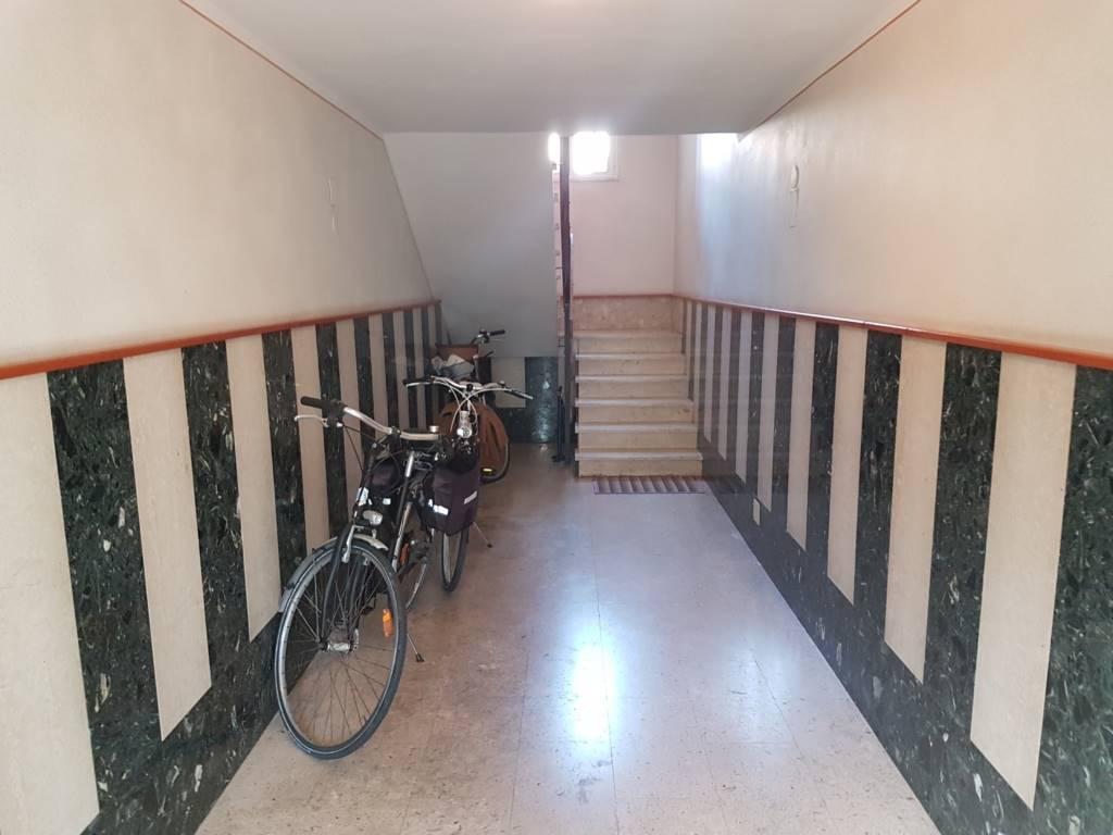 Vendita appartamento camaiore zona lido di camaiore - Classe immobile ...