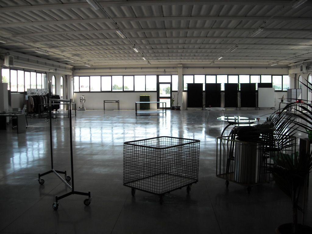 Vendita capannone agliana servizi 3 classe energetica f - Classe immobile ...