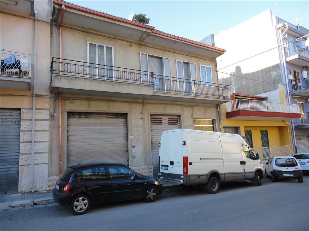 Vendita appartamento ragusa zona le europa posto auto - Immobile classe g ...