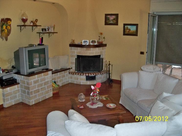 Vendita Villa a schiera Caltanissetta  zona NISCIMA, SAVARINO, PIAN DEL LAGO - Foto 2